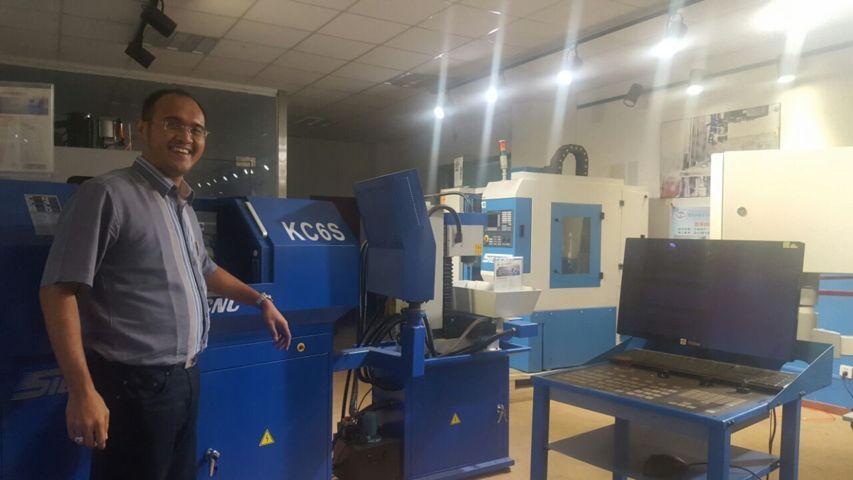 jual mesin, harga mesin, jual mesin bandung, distributor mesin, jual mesin karet, daur ulang karet, daur ulang plastik, mesin pertanian CNC Machine tools